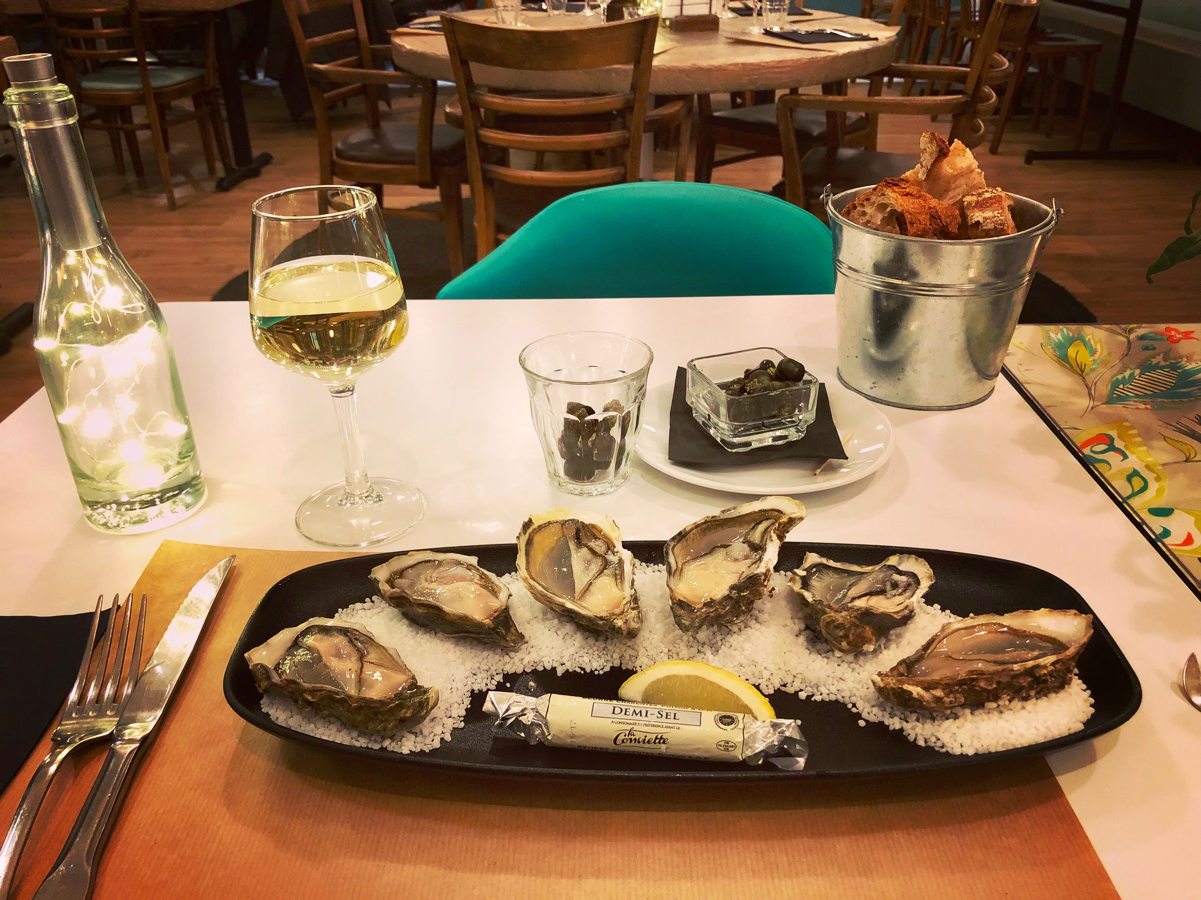 Restaurant for tasting oysters in Marennes