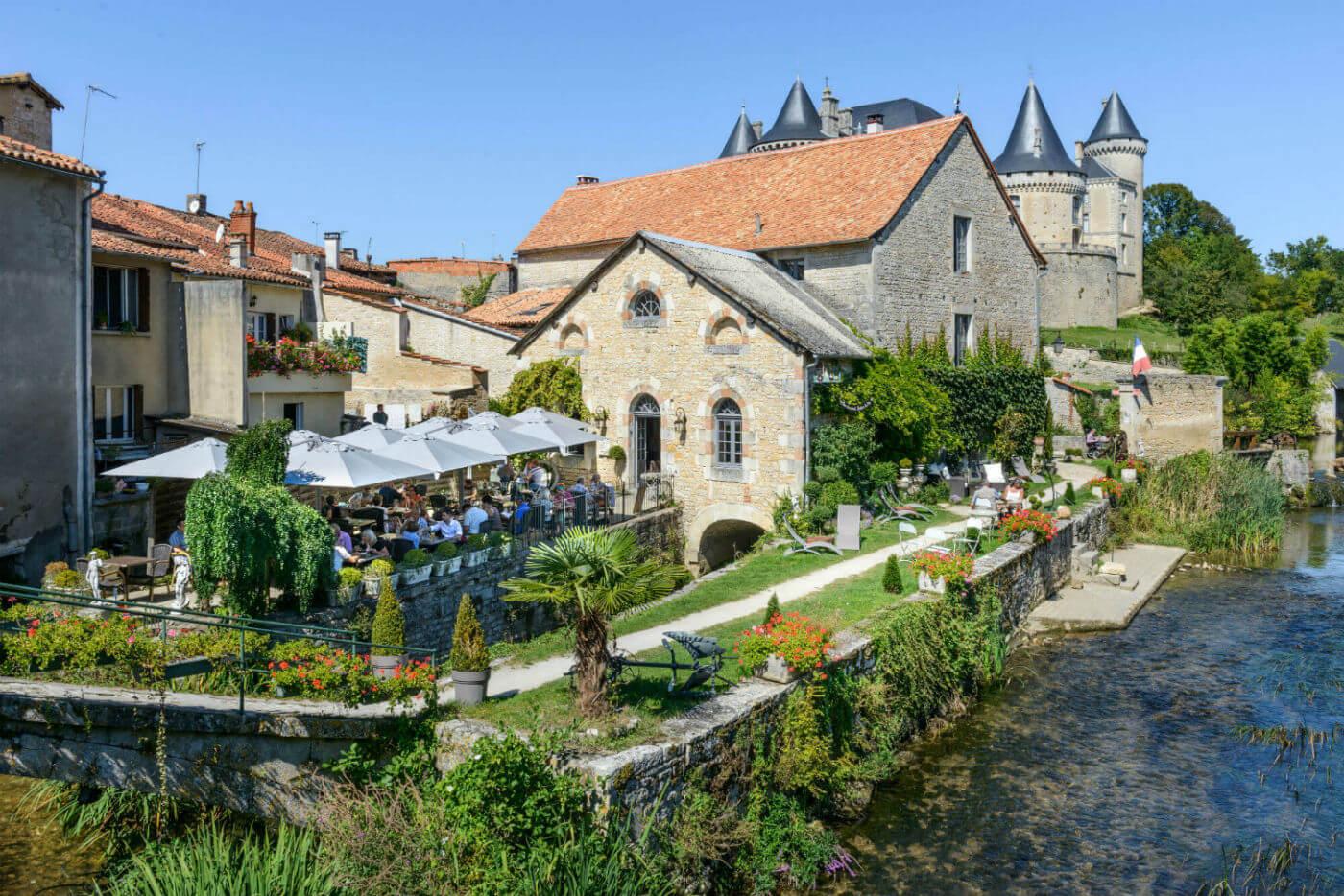 Château of the Count of La Rochefoucauld @scharbeau