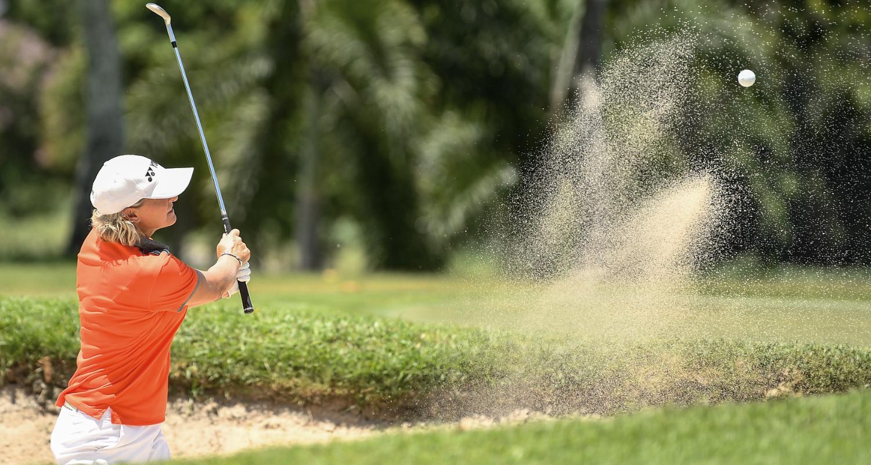 golf-woman-atlantic-cognac